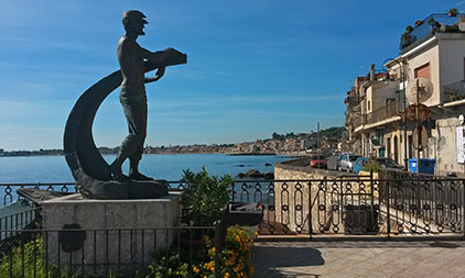 Giardini Naxos has quite a bit of artwork
